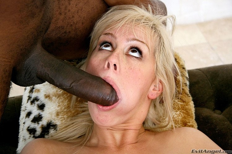 tight asian gives head – Amateur